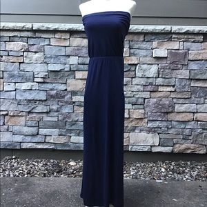 Gap XS navy blue sundress. Bodice falls to waist